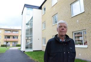 Han har redan flyttat in. – Lägenheterna är mycket fina men hyran är dyr, säger Gunnar Bergsten.