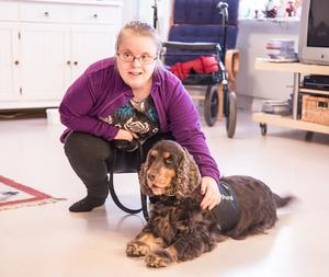 Ingrid gillar hundar i största allmänhet och Morris i synnerhet.