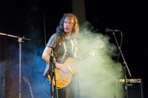 Sannetorp Bluesband passade på att släppa skivan på Bluesfestivalen.