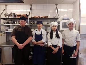 Leksand gymnasieskola representeras av Casper Tunell, Simon Erkers, Sara Perjons och Alexander Gustafsson.