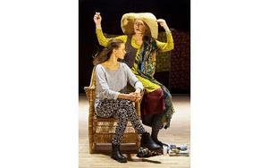 Kvällarna med Kerstin med Ann Petrén och Misa Lommi, regi Carolina Frände. Foto: Petra Hellberg