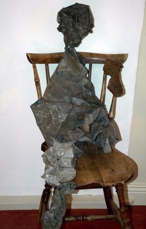 Skulptur. Denna skulptur av Karl H Kruse fanns med vid utställningen i Lundgrens i Gustafs vid konstspaningen.