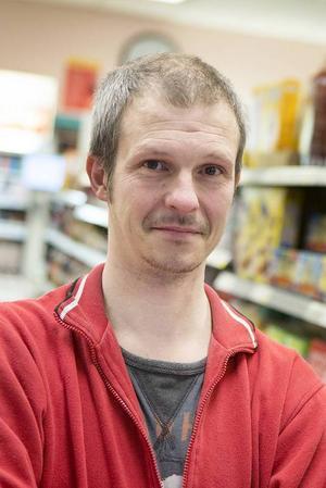 Göran Näslund, Gäddede:– Jag tycker att bemötandet är bra. Jag har inte varit där på ett halvår men när man kommer dit är det bra.