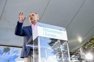 Liberalernas partiledare Jan Björklund i talarstolen i Almedalen under politikerveckan 2016 som inleddes på söndagen med Liberalernas dag.