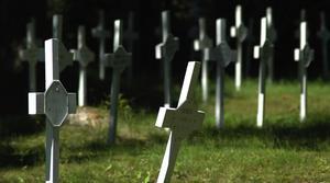 Plats. Begravningsplatsen ligger mitt på golfbanan i Säter. Foto:Berndt Norberg