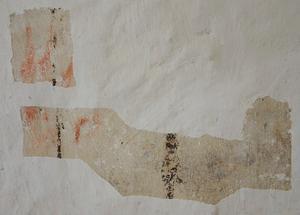 Ytterligare dekorationer finns att plocka fram på väggarna. Ett par provrutor har tagits fram.