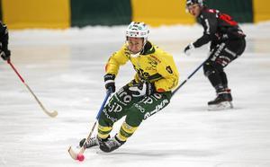 Misha Svechnikov, här i en mer van roll på Ljusdals mittfält.