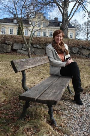 Wenche Engström har ägt, vårdat och utvecklat Färna herrgård i mer än 20 år. I år har herrgårdens restaurang dessutom kvalat in i den prestigefyllda restaurangguiden White Guide.