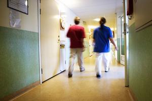 Många inom äldreomsorgen vill byta jobb. Framför allt de yngre, enligt en rapport från fackförbundet Kommunal.