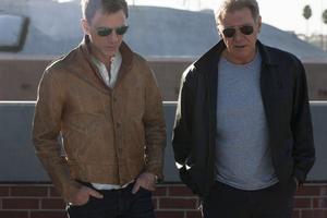 """""""Det är alltid lite skrämmande att spela mot någon du har sett på film i 40 år"""", säger Daniel Craig om att spela mot Harrison Ford."""