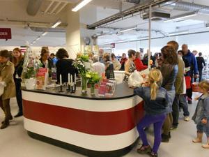 FOTO: PER-ERIK EDEBORG830 kvadratmeter affärsyta, 600 kvadratmeter lager och 100 kvadratmeter kafeteria har Erikshjälpen i de nya lokalerna.