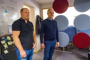 En attraktiv arbetsmiljö är viktigt för att locka rätt personal till företaget tycker Jörgen Persson, ägare av Monitor och Morgan Persson, vd vid Monitor i Hudiksvall.