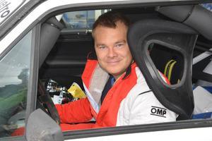 Mattias Svedberg slutade sexa totalt i Riksmästerskapet för standardbilar och tog ett brns i Nedre Norras förbundsmästerskap.