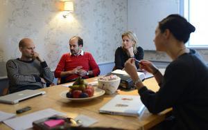 Mattias Göransson, David Dencik, helena Danielsson och Leyla Belle Drake träffades på tisdagen för allra första gången för att diskutera sitt gemensamma filmprojekt.