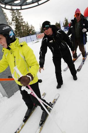 Stefan Jonasson trivs med sitt jobb i slalombacken.