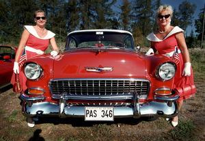 Damrallyt. Ann-Sofie Käll och Irene Pettersson, med en Chevrolet Bel Air./Arkivbild