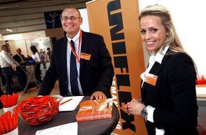 """ÖKAT BEHOV. """"Behovet har ökat kraftigt under det senaste året"""", sa Per Eltell, försäljningschef på bemanningsföretaget Uniflex, och företagets Gävlechef Gabriella Sjöberg."""