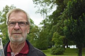Rolf Wilhelmsson, ordförande i PRO Nässjö, signalerar att PRO Nässjö så sakteliga startar sommarens program, vilket innefattar aktiviteter utomhus.
