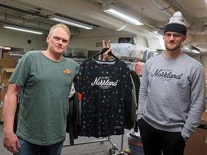 För sex år sedan lanserade Rasmus Molund och Måns Hegevall de första Norrlandströjorna. Från och med februari i år arbetar totalt fem personer i klädföretaget.