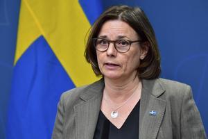Isabella Lövin, vice statsminister, kommer tillsammans med Amanda Lind, kultur- och demokratiminister, hålla en presskonferens.