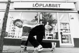 Jörgen Wiklander vid Löplabbet som han grundade 1984. Bild: Arkiv