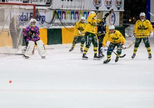 Jonas Svensson var bra i hemmalagets mål under hela matchen.