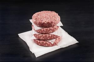 Kött – men växtbaserat. Den vegetariska färsen i köttfria hamburgare har nu fått sitt givna namn. (Arkivfoto)