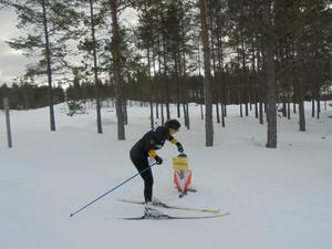 Söderhamns OK hade skidorientering på söndagen vid klubbstugan med olika klasser. Foto: Leif Blomqvist