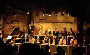 Improvisationsgruppen Umlaut Big Band  är en av huvudakterna på årets Hagenfesten, och gästas av bland andra saxofonisten Per Texas Johansson. FOTO: Rebeca Moon
