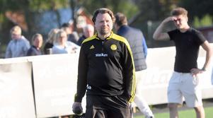 Nicklas Rydstrand och hans Slätta hade en jobbig andra halvlek mot Strömsberg.