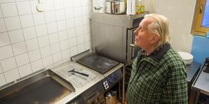 Per Göran Björk i det nybyggda köket som användes för första gången i somras.