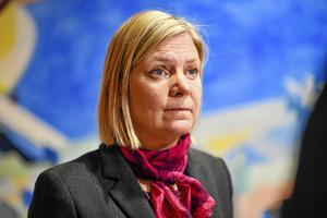 Finansminister Magdalena Andersson (S) måste gå vidare med ekonomiska reformer.