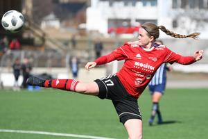 Caroline Andersson i genrepet mot Kovland i lördags. En match som Team Hudik förlorade med 1–3.