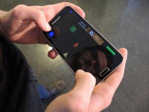 Vid sidan om av studierna skapar Max Wijkstranius sina egna mobilspel.