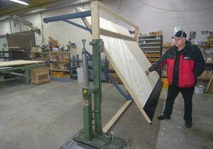Dörrbladet till en vipport kan fås efter tycke och smak. Med trä eller aluminiumram. Med olika paneler, plåt och isolering eller inte.