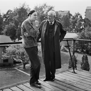 Två svenska genier, Ingmar Bergman och Victor Sjöström, under inspelningen av  mästerverket