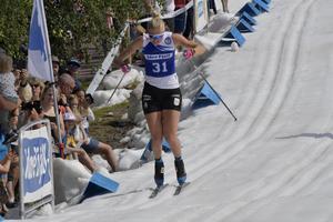 Maja Dahlqvist i Idresprinten, kortaste loppet hon åker med 98 meter, men med nummerlapp på så handlar det om tävling.