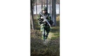 Hanna Andersson har tidigare studerat grundläggandemilitärutbildning, GMU, innan hon gick med i Dalregementsgruppen. Foto: Staffan Björklund