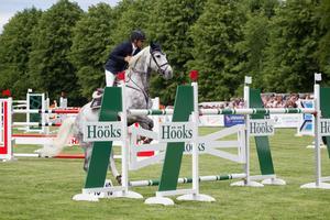 Daniel Svensson knep en tredjeplats i 7 stars-finalen och får därmed tävla i de femstjärniga internationella tävlingarna under Falsterbo Horse Show.