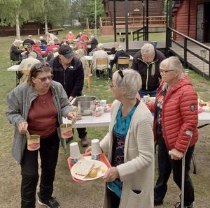 Ett trettiotal PRO-are besökte Gammelgårn i Sveg. Foto: Dan Wiklund