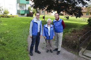 Kristdemokraterna Jonas Wide, 35, Bodil Sundquist, 74, och Lennart Sacrédeus, 61, känner positiva vindar och hoppas på framgångar i Ludvika.
