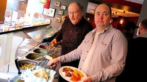 Larz och Daniel bojkottar numer Restaurang Kvarnen.