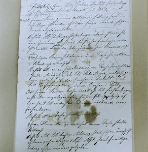 Tidigt protokoll. Viby baptistförsamling var tidigt radikala när det gäller kvinnors rättigheter. Redan i första protokollet från 1857 väcks frågan