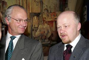 2005 var kungaparet på besök i Fagersta. På bild är Carl XVI Gustaf och Stig Henriksson, dåvarande kommunalråd, i samband med besöket.