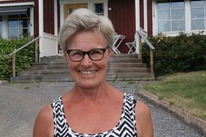 Catrin Åsén hemma på gården i Häggdånger