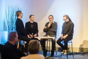 Panelsamtal om miljö, klimat och kristen tro i Saronkapellet. Foto: Heli Berg.
