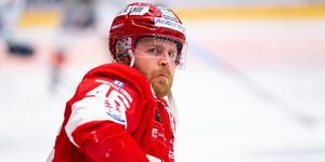 Janne Jalasvaara stängs av. Bild: Bildbyrån.