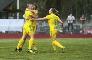 Ellika Persson gjorde mål efter mindre än en minut.