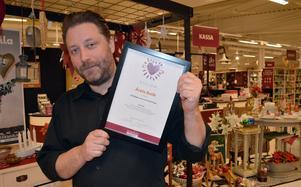 Anders Larsson är stolt över utmärkelsen Årets butik.