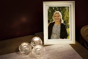 För en vecka sedan omkom polisen Madelene Westlund. Nu berättar maken om vem hans fru var.